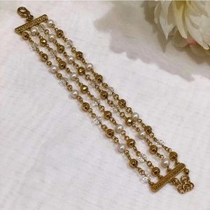 Gold and pearl beaded bracelet